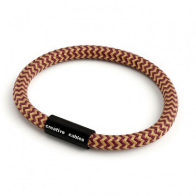 Bracelet with Matt black magnetic clasp and RZ23 cable
