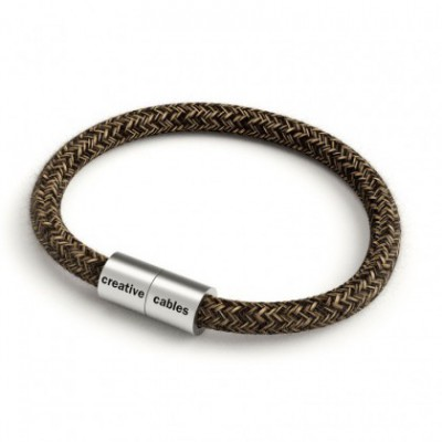 Bracelet with Matt silver magnetic clasp and RN04 cable