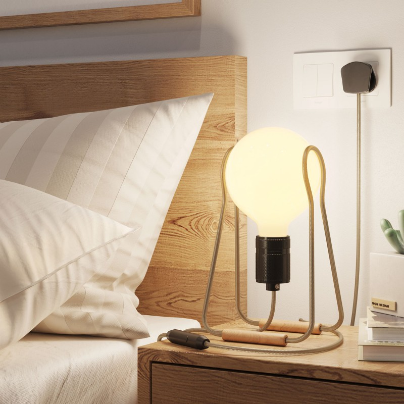 Taché Elegant, table lamp complete with a fabric cable, switch and UK plug